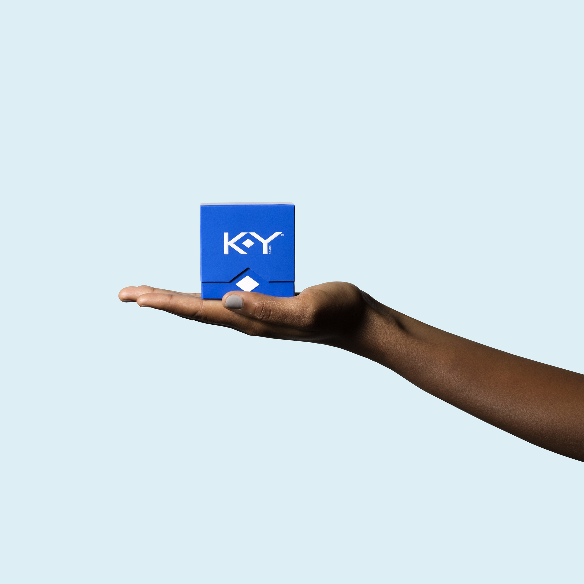 KY_Hand_Square1